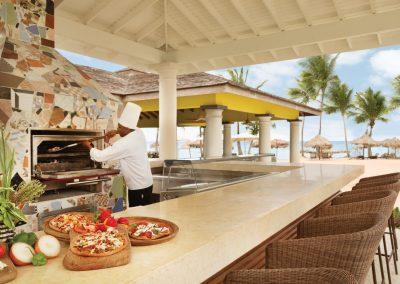 Hyatt-Zilara-Rose-Hall-Islandz-Pizza-Bar2
