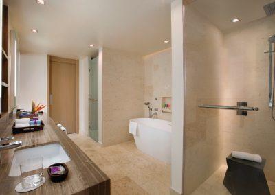 Hyatt-Zilara-Rose-Hall-Ocean-Front-Grand-Butler-Suite-Bathroom1