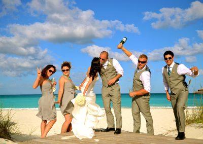 Bahamas-destination-wedding-dress-Lea-Ann-Belter-013