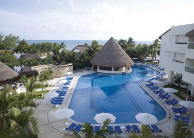 Isla-Mujeres-Palace-Pool-002