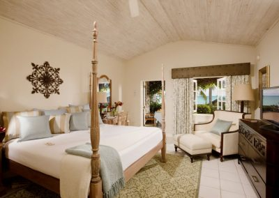 beachfront-grande-luxe-walkout-club-level-room-36759361-1421070547-ImageGalleryLightbox